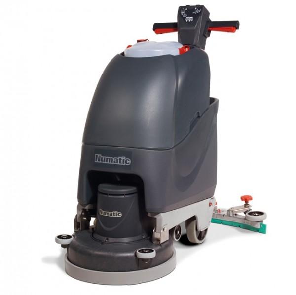 Numatic Scheuersaugmaschine TT4045G.jpg